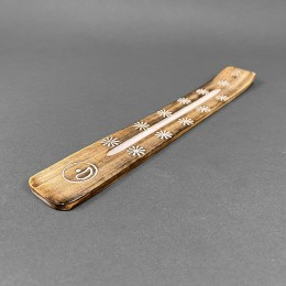 Räucherstäbchenhalter aus Holz